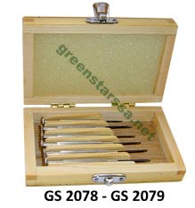 Screw driver set in wooden box